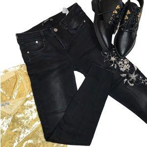 Zara embroidered raw hem skinny jeans